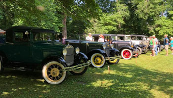 Car Show at Historic Rugby